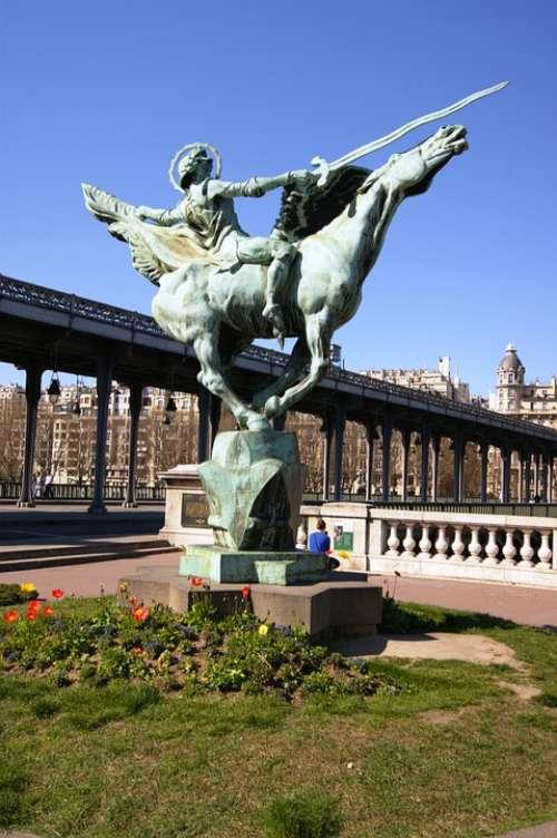 Paris Equestrian Statue Bridge France Bir Hakem