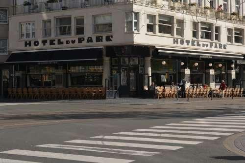 Pedestrian Crossing Street Hotel Oostende