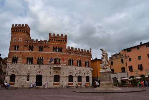 Piazza Tuscany Grosseto Middle Ages Palazzo