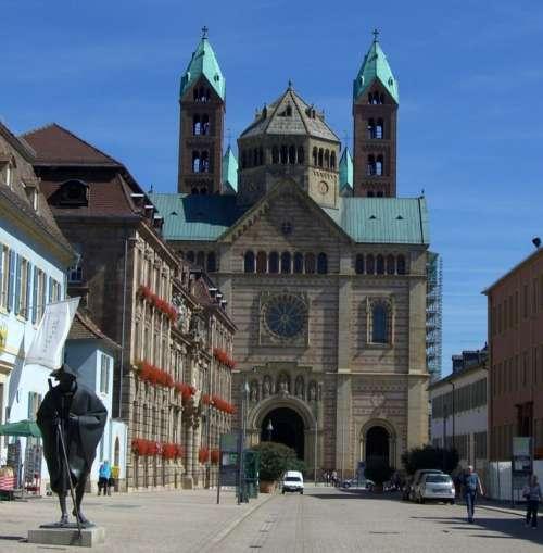 Pilgrims Bronze Statue Maximilianstrasse Dom Speyer