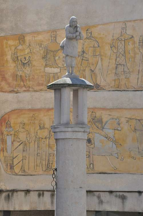 Pillory Klodzko Sculpture Architecture Monument