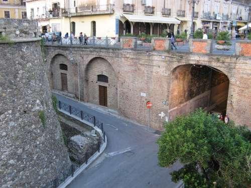 Pizzo Calabro Road Castle Bridge