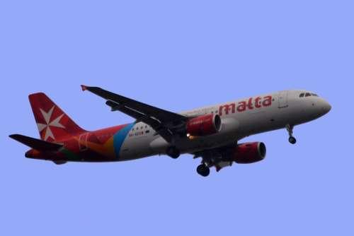Plane Air Fly Malta