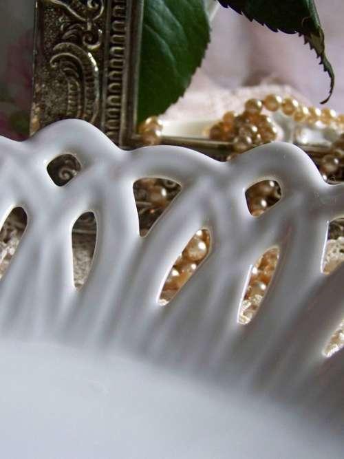 Porcelain Pearl White