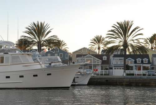 Port Town Boat Yacht Sea Palm House White