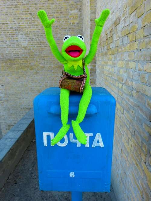 Post Letter Boxes Mailbox Throw A Postcard Kermit