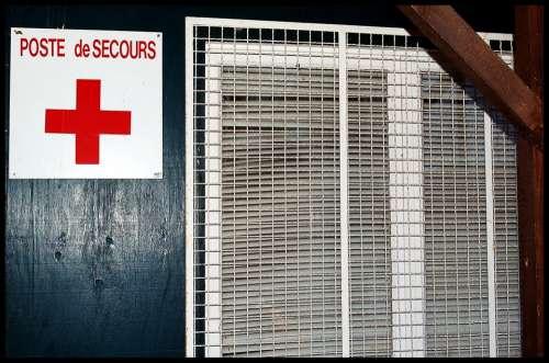 Poste De Secours First Aid Poster Health