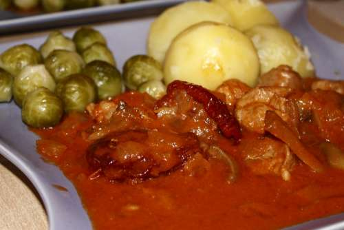 Potato Goulash Brussels Sprouts Eat Food Cook