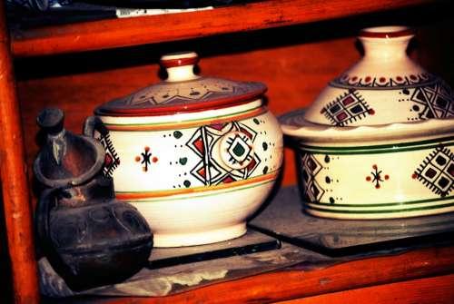Pottery Oriental Art Dish Design Decoration