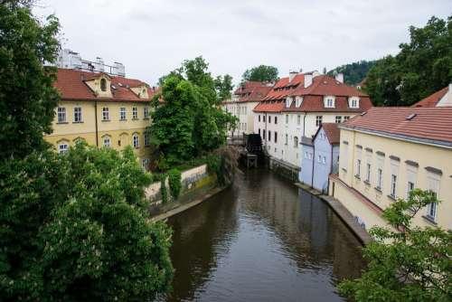 Prague Small Page Moldova