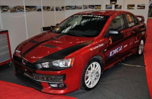 Racing Car Mitsubishi Lancer Tuning Expo Car