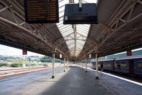 Railway Station Bristol England Platform Canopy