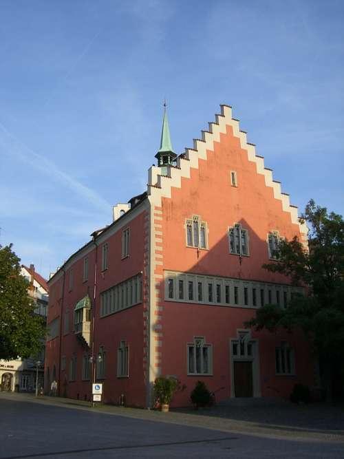 Ravensburg House Downtown Facade