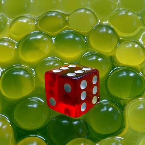 Red Cube Green Scope Balls Hydrogel