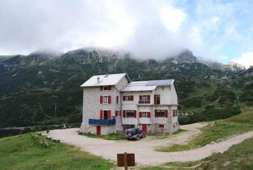 Refuge Mountain Mountains Prealpi Veneto Italy