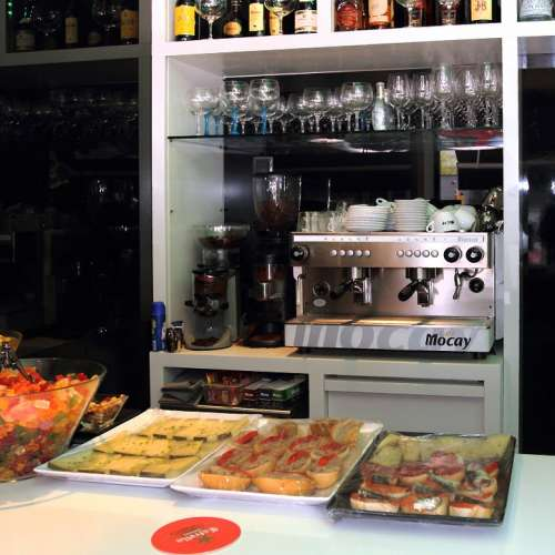 Restaurant Drinks Coffee Food Tray Pub