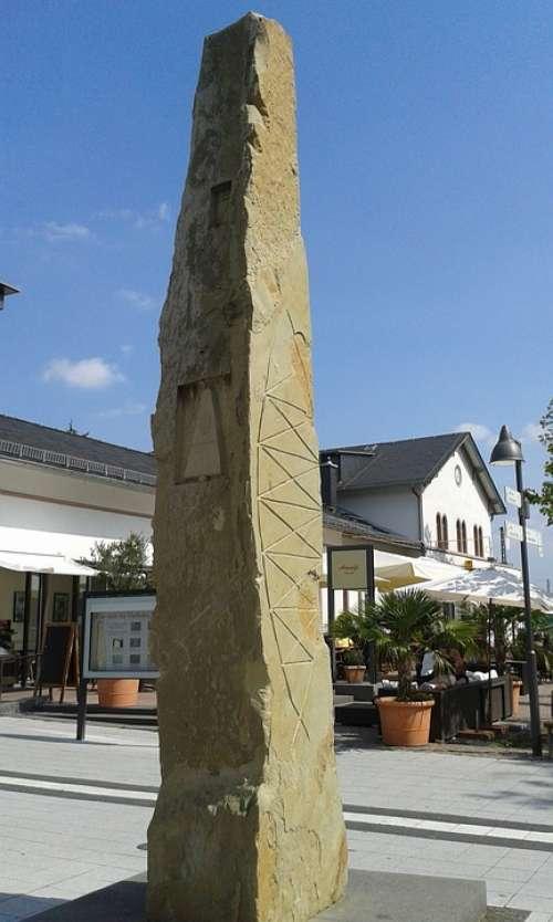 Rheinhessen Wonnegau Osthofen Monument Pillar