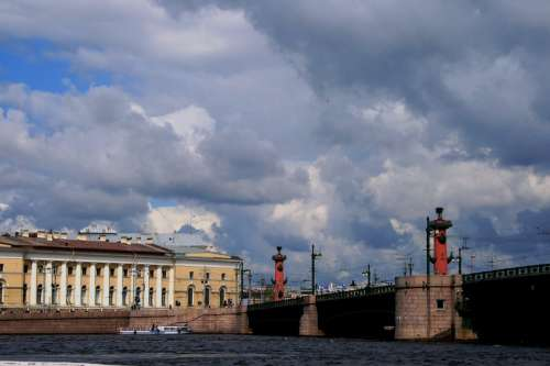 River Neva Buildings Rostral Columns
