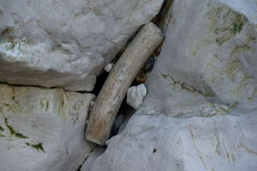 Rock Stones Close Up Sea Tides Flowing Pebble