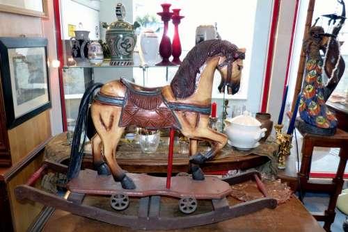 Rocking Horse Historically Antiques Altwaren