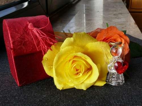 Rose Loop Blossom Bloom Roses Flowers Yellow