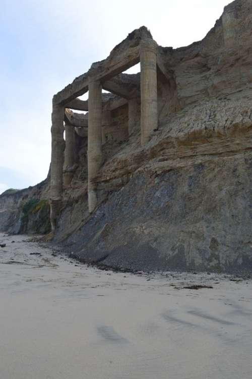 Ruins Beach Cliff Half Moon Bay California Pacific