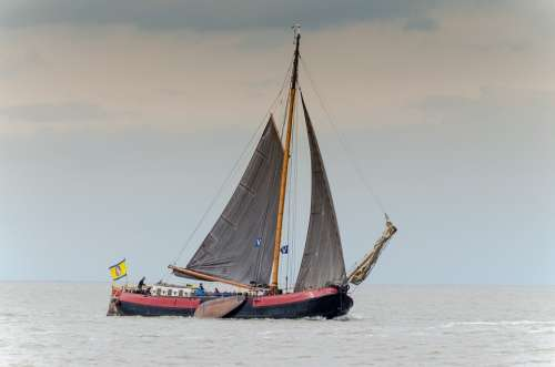 Sailing Wadden Sea Tjalk Flat Bottom Water Sea