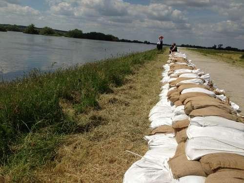 Sandbag Wall Flood 2013 Elbe Ueberschwaemmung