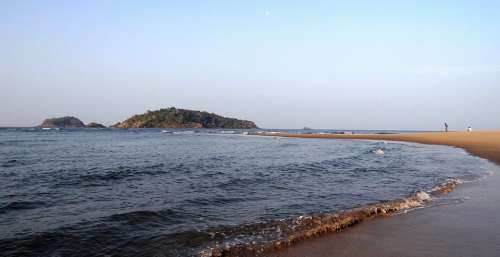 Sandbar Sea Waves Rocky-Outcrop Karwar India