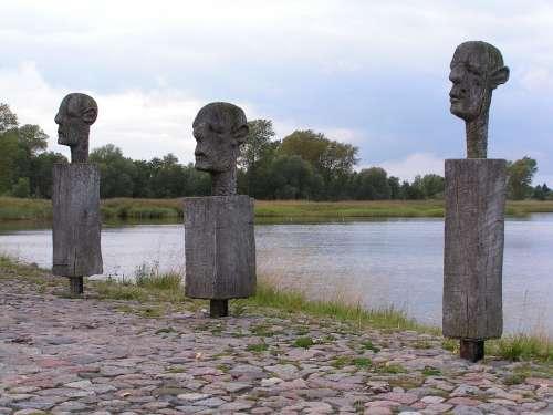 Sculpture Art Wood Weathered Men Heads Wieck