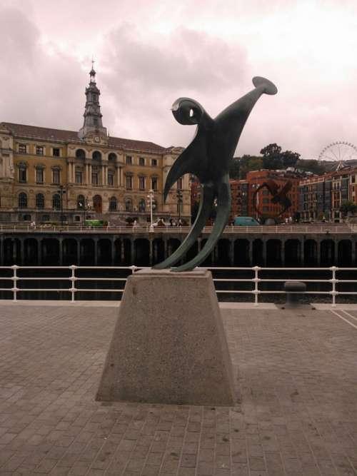 Sculpture River Nervión Bilbao Ingenious