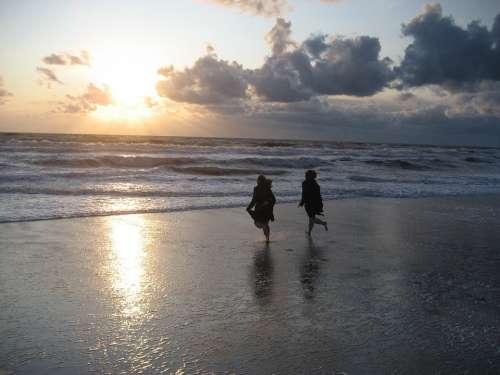 Sea Run Children North Sea Mirroring Water Sand