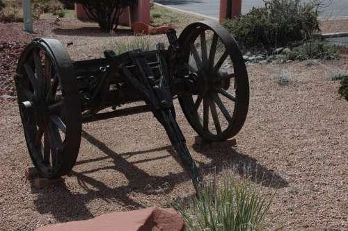 Sedona Arizona Old Wagon Wheel Rusty Cowboy