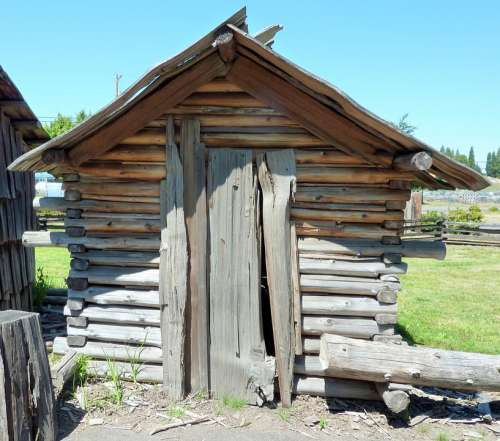 Shed Pole Building Provincial Replica Settler
