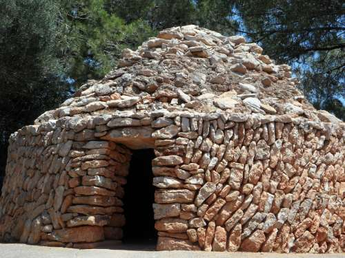 Shelter Hut Refuge Stone Wall Round Piled Up