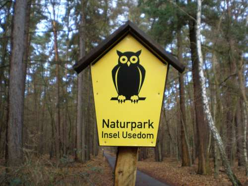 Shield Sign Nature Park Board Note