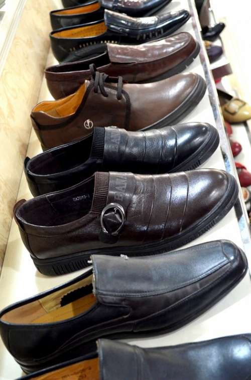 Shoes Shoe Men Display Sale Business Store Style