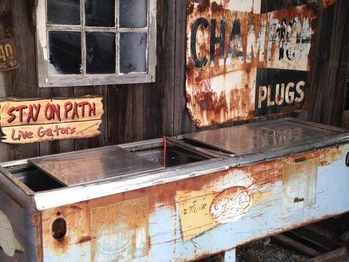 Signs Rusted Freezer Old Vintage