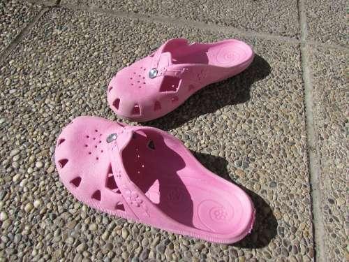 Slippers Sneakers Pink Plastic