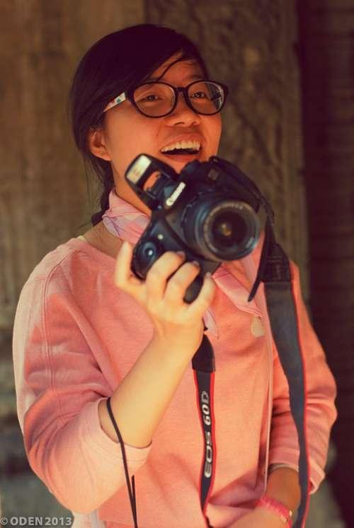 Smile Smiling Photographer Camera Fun Face Girl