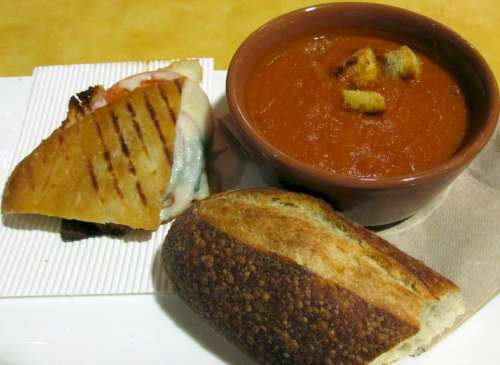 Soup Sandwich Bread Tomato Bisque Crusty Meal