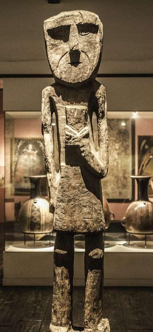 Statue Museum Skinny Wooden Old Peruvian Artefact