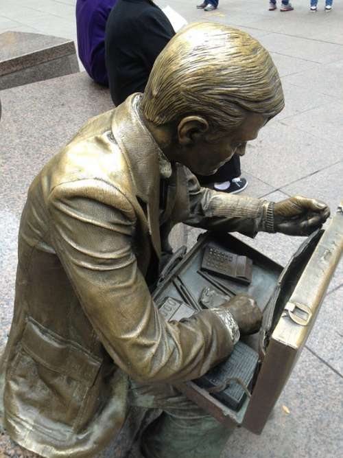 Statue Man September 11 Bronze Memorial