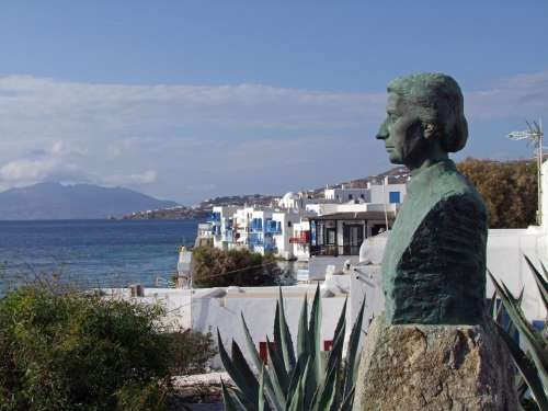 Statue Profile View Mykonos Greece Sea