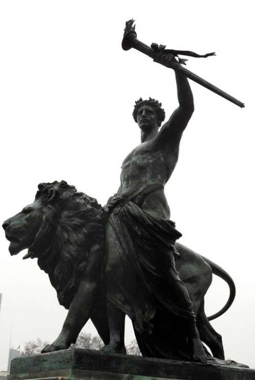 Statue Bronze London Leon