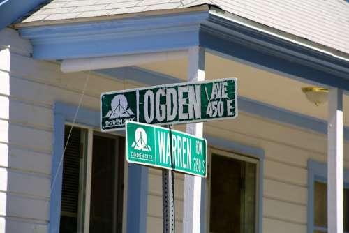 Street Sign Address Destination Green Location