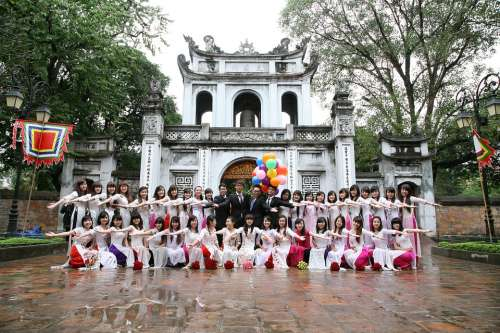Students Graduates Group People Asia China Japan