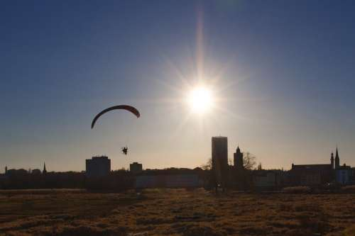 Słubice The Sun Sky City Hang Glider