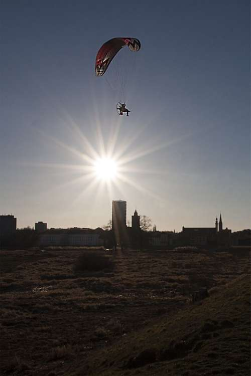 Słubice City Frankfurt The Sun Hang Glider Flying