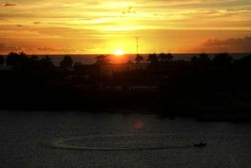 Sun Setting Sun Sunset Water Clouds Sky Sea